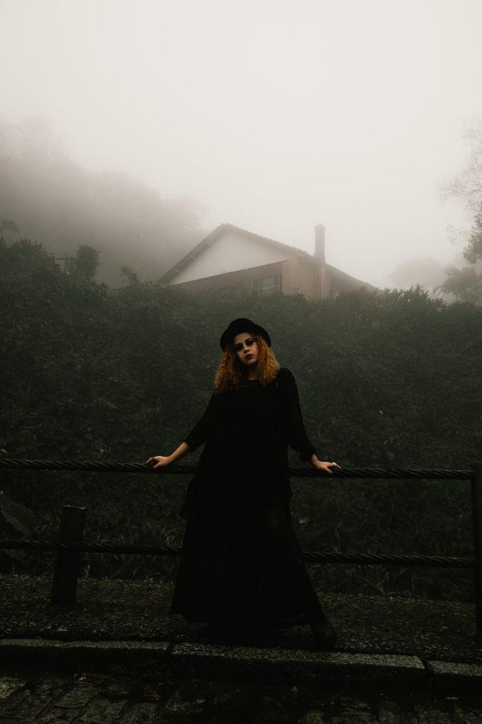Gothique-dans-la-brume
